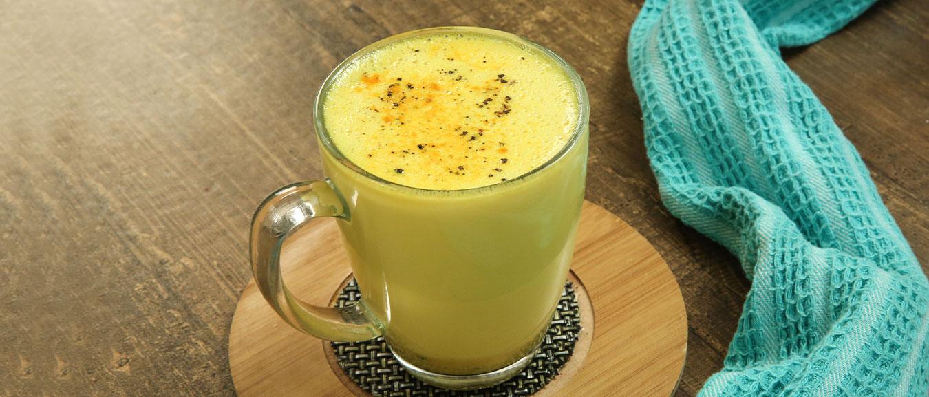 Turmeric Latte – How To Make Turmeric Milk – Golden Drink Recipe – Haldi Doodh – Varun